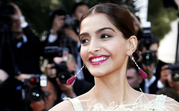 Sonam Kapoor s Workout Routine
