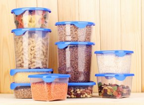 tuppelware containers